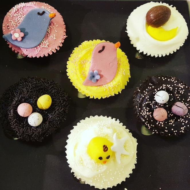 cupcake hummingbird bakery.jpg